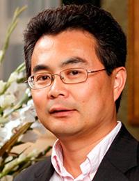 Jiebo Luo